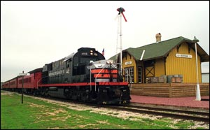 Hill Country Flyer at the Bertram Depot